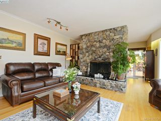 Photo 8: 108 Leila Pl in VICTORIA: Co Colwood Lake House for sale (Colwood)  : MLS®# 766827