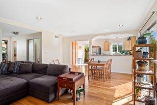 Photo 11: CLAIREMONT House for sale : 4 bedrooms : 4296 Mount Putman Ave in San Diego
