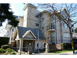 """Photo 1: 104 3199 WILLOW Street in Vancouver: Fairview VW Condo for sale in """"VGH"""" (Vancouver West)  : MLS®# V997862"""