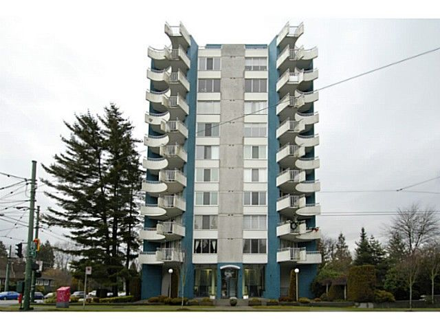 "Main Photo: 202 4691 W 10TH Avenue in Vancouver: Point Grey Condo for sale in ""WESTGATE"" (Vancouver West)  : MLS®# V1042017"