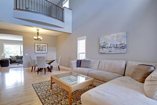 Photo 2: 145 TREMBLANT Place SW in Calgary: Springbank Hill Detached for sale : MLS®# A1024099