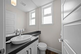 """Photo 12: 40 20966 77A Avenue in Langley: Willoughby Heights Townhouse for sale in """"Nature's Walk"""" : MLS®# R2574825"""