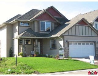 "Photo 2: 45884 FOXGLOVE Avenue in Sardis: Sardis East Vedder Rd House for sale in ""HIGGINSON GARDENS"" : MLS®# H2701875"
