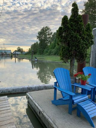 """Photo 38: 1 800 SOUTH DYKE Road in New Westminster: Queensborough House for sale in """"Queensborough Marina"""" : MLS®# R2548322"""