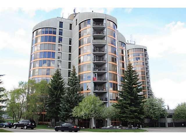 Main Photo: 122 10 COACHWAY Road SW in CALGARY: Coach Hill Condo for sale (Calgary)  : MLS®# C3569960