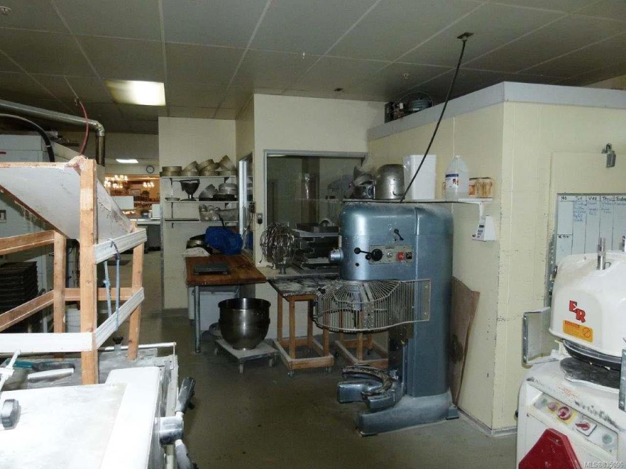 Photo 31: Photos: 2025 Bowen Rd in NANAIMO: Na Central Nanaimo Mixed Use for sale (Nanaimo)  : MLS®# 835096