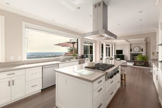 Photo 14: 989 DEMPSEY Road in North Vancouver: Braemar House for sale : MLS®# R2621301