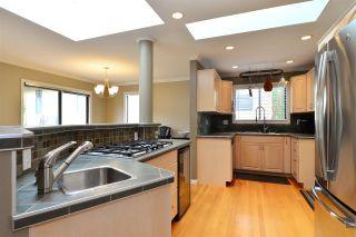 "Photo 6: 11057 WESTRIDGE Place in Delta: Sunshine Hills Woods House for sale in ""Sunshine Village"" (N. Delta)  : MLS®# R2298594"