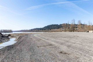 Photo 1: 35232 DYKE Road: Land Commercial for lease in Mission: MLS®# C8037073