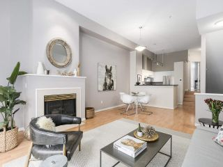 Photo 3: 4 3586 RAINIER PLACE in Vancouver: Champlain Heights Townhouse for sale (Vancouver East)  : MLS®# R2150720