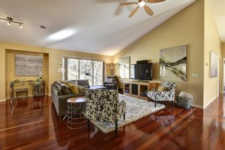 Photo 7: 2090 Chilcotin Crescent in Kelowna: Dilowrth Mt House for sale (Central Okanagan)  : MLS®# 10201594