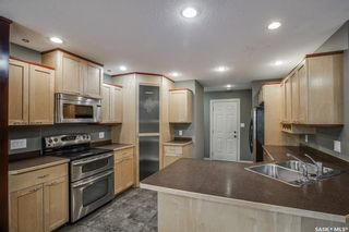 Photo 9: 446 Greaves Crescent in Saskatoon: Willowgrove Residential for sale : MLS®# SK864226