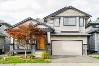 """Photo 1: 21679 90B Avenue in Langley: Walnut Grove House for sale in """"MADISON PARK"""" : MLS®# R2613608"""