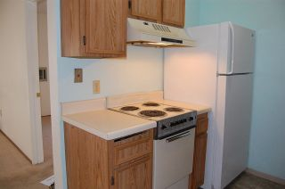 Photo 4: SAN DIEGO Condo for sale : 1 bedrooms : 6650 Amherst St #12A