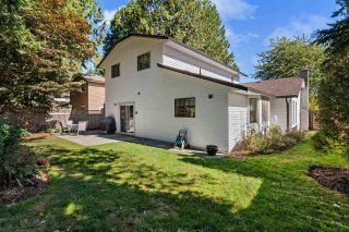 Photo 2: 6725 129 Street in Surrey: West Newton House for sale : MLS®# R2504546