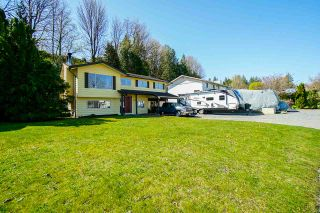 Photo 3: 33328 WREN Crescent in Abbotsford: Central Abbotsford House for sale : MLS®# R2567547