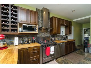 Photo 2: 235 9TH ST in New Westminster: Uptown NW House for sale : MLS®# V1008504