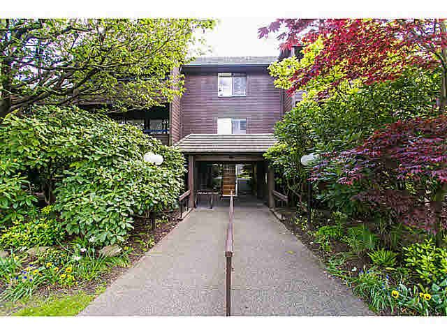 """Main Photo: 302 1720 W 12TH Avenue in Vancouver: Fairview VW Condo for sale in """"TWELVE PINES"""" (Vancouver West)  : MLS®# V1121634"""