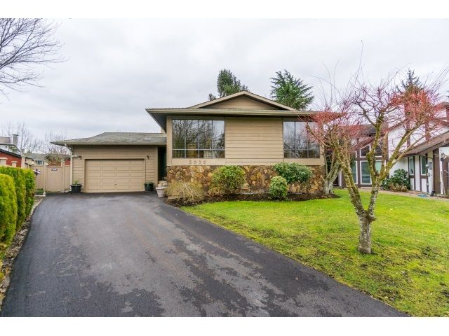 Main Photo: 5926 183 Street in Surrey: Cloverdale BC House for sale : MLS®# R2028252