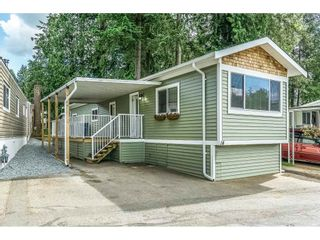 """Photo 1: 14 24330 FRASER Highway in Langley: Otter District Manufactured Home for sale in """"Langley Grove Estates"""" : MLS®# R2518685"""