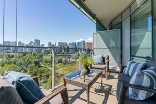 """Photo 5: 807 181 W 1ST Avenue in Vancouver: False Creek Condo for sale in """"BROOK AT THE VILLAGE"""" (Vancouver West)  : MLS®# R2591261"""