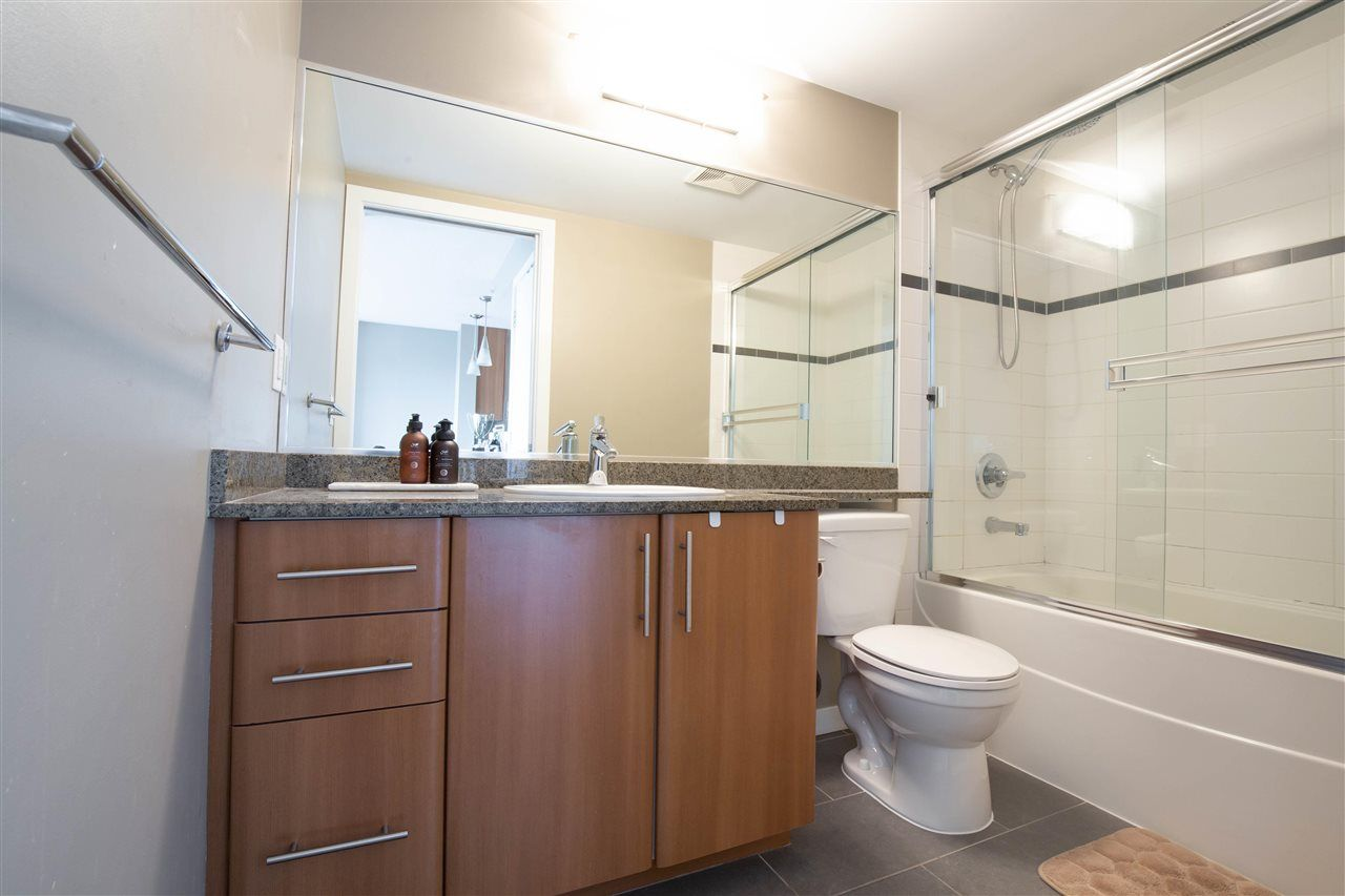 """Photo 13: Photos: 2609 688 ABBOTT Street in Vancouver: Downtown VW Condo for sale in """"FIRENZE ii"""" (Vancouver West)  : MLS®# R2579446"""