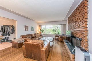 Photo 2: 2868 Edgemont Boulevard in North Vancouver: Edgemont House for sale