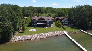 Photo 1: A 32 Bernice Avenue, Pigeon Lake: Rural Leduc County House for sale : MLS®# E4249204