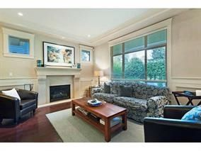 Photo 7: 309 E 26TH Street in North Vancouver: Upper Lonsdale House for sale : MLS®# R2013025