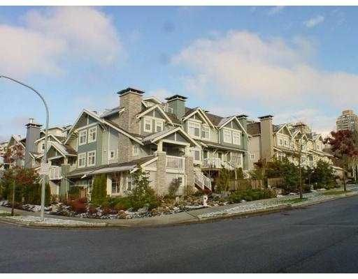 """Main Photo: 31 7428 SOUTHWYNDE Avenue in Burnaby: South Slope Townhouse for sale in """"LEDGESTONE II"""" (Burnaby South)  : MLS®# V680792"""