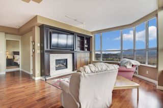 """Photo 3: 1701 3190 GLADWIN Road in Abbotsford: Central Abbotsford Condo for sale in """"REGENCY PARK III"""" : MLS®# R2560674"""