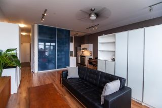 """Photo 3: 409 20238 FRASER Highway in Langley: Langley City Condo for sale in """"The Muse"""" : MLS®# R2555473"""