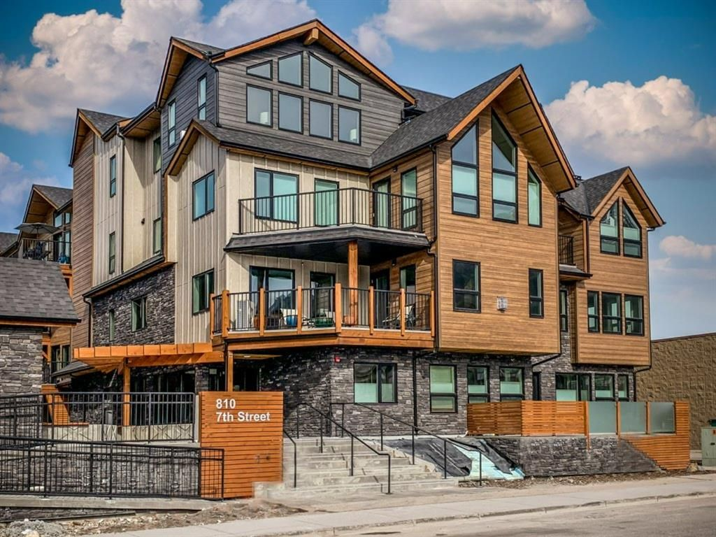 Main Photo: 104 810 7th Street: Canmore Apartment for sale : MLS®# A1117740