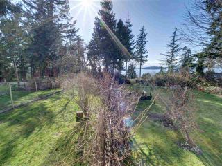 """Photo 29: 8089 REDROOFFS Road in Halfmoon Bay: Halfmn Bay Secret Cv Redroofs House for sale in """"WELCOME WOODS"""" (Sunshine Coast)  : MLS®# R2563771"""