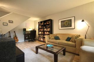"""Photo 4: 3430 NAIRN Avenue in Vancouver: Champlain Heights Townhouse for sale in """"COUNTRY LANE"""" (Vancouver East)  : MLS®# R2286737"""
