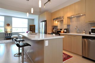 """Photo 7: 151 2228 162 Street in Surrey: Grandview Surrey Townhouse for sale in """"THE BREEZE"""" (South Surrey White Rock)  : MLS®# R2362720"""