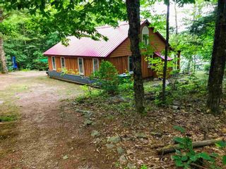 Photo 2: 628 Molega Lake Road in Molega Lake: 405-Lunenburg County Residential for sale (South Shore)  : MLS®# 202120483