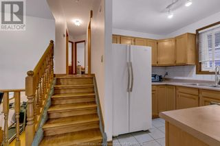 Photo 10: 638 Mckay AVENUE in Windsor: House for sale : MLS®# 21017569