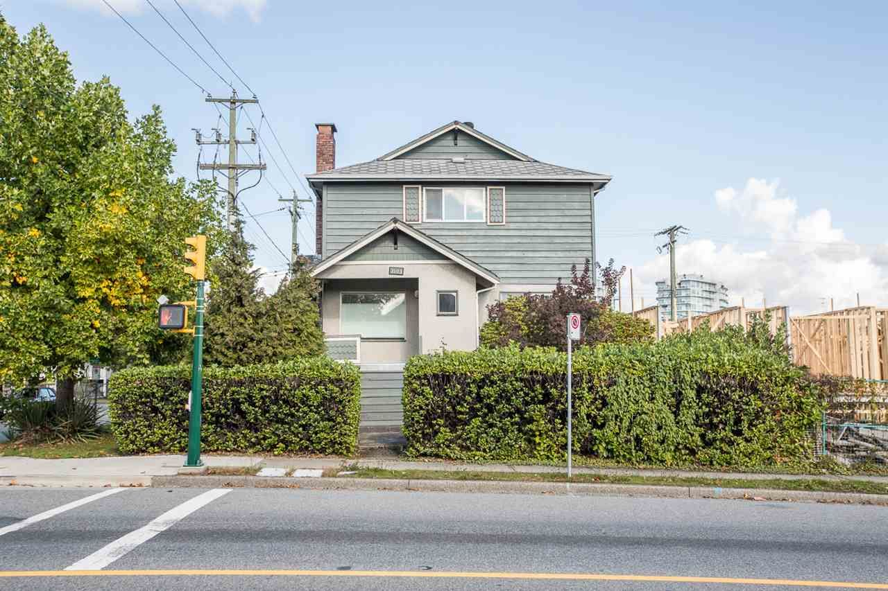 Main Photo: 2103 E 33RD Avenue in Vancouver: Victoria VE House for sale (Vancouver East)  : MLS®# R2511808