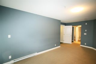 Photo 5: 105 3150 VINCENT STREET in Port Coquitlam: Glenwood PQ Condo for sale : MLS®# R2154370
