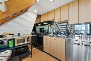 """Photo 5: 1213 933 SEYMOUR Street in Vancouver: Downtown VW Condo for sale in """"The Spot"""" (Vancouver West)  : MLS®# R2572582"""