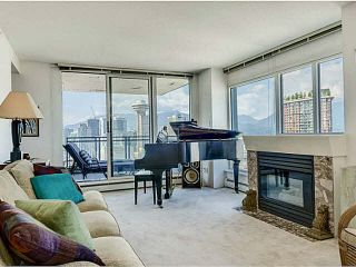 """Photo 7: 3002 183 KEEFER Place in Vancouver: Downtown VW Condo for sale in """"Paris Place"""" (Vancouver West)  : MLS®# V1079874"""