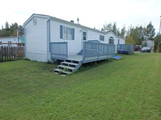 """Photo 2: 160 2500 GRANT Road in Prince George: Hart Highway Manufactured Home for sale in """"HART HIGHWAY"""" (PG City North (Zone 73))  : MLS®# R2557833"""