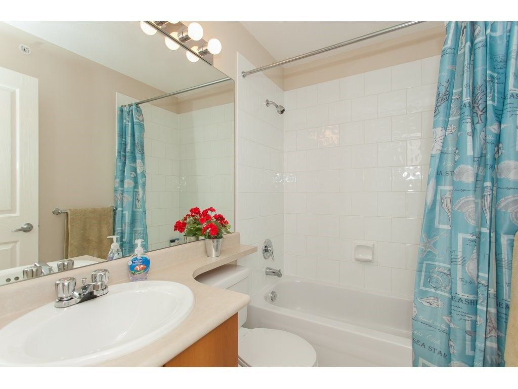 Photo 14: Photos: 48 6747 203 Street in Langley: Willoughby Heights Townhouse for sale : MLS®# R2202915