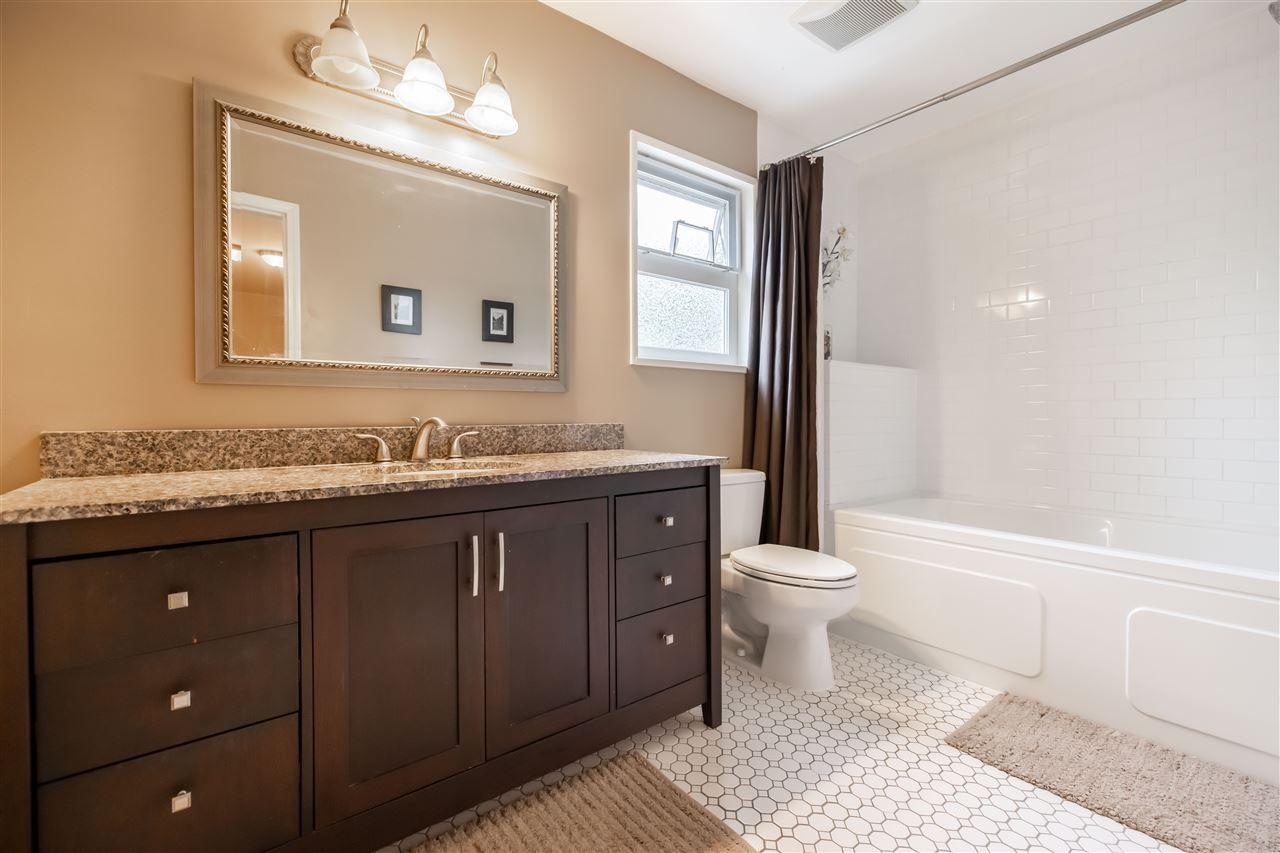 "Photo 26: Photos: 11064 64A Avenue in Delta: Sunshine Hills Woods House for sale in ""SUNSHINE HILLS"" (N. Delta)  : MLS®# R2500699"