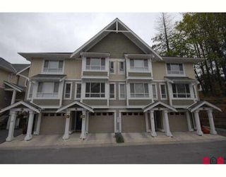 """Photo 8: 33 20159 68TH Avenue in Langley: Willoughby Heights Townhouse for sale in """"VANTAGE"""" : MLS®# F2812376"""