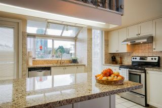 """Photo 6: 1102 69 JAMIESON Court in New Westminster: Fraserview NW Condo for sale in """"Palace Quay"""" : MLS®# R2562203"""