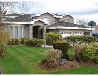 Photo 2: 6111 SHERIDAN Road in Richmond: Woodwards House for sale : MLS®# V698891