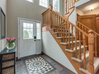 Photo 5: 67 Sierra Morena Circle SW in Calgary: Signal Hill Detached for sale : MLS®# C4239157