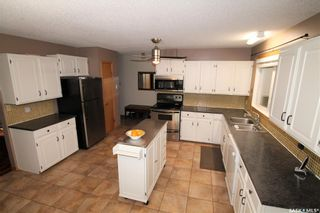 Photo 2: 211 Herchmer Crescent in Beaver Flat: Residential for sale : MLS®# SK830224